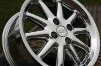 Audi Bolero hochglanzverdichtet