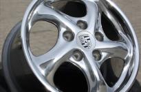 Porsche hochglanzverdichtet