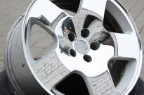 Audi TT parabol hochglanzpoliert