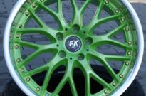 FK-automotiv mit Sonderlackierung  und poliert